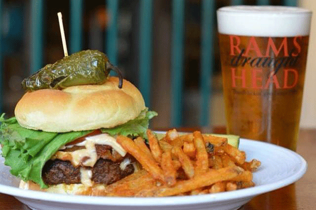 burger-Rams Head Southernmost restaurant Key West